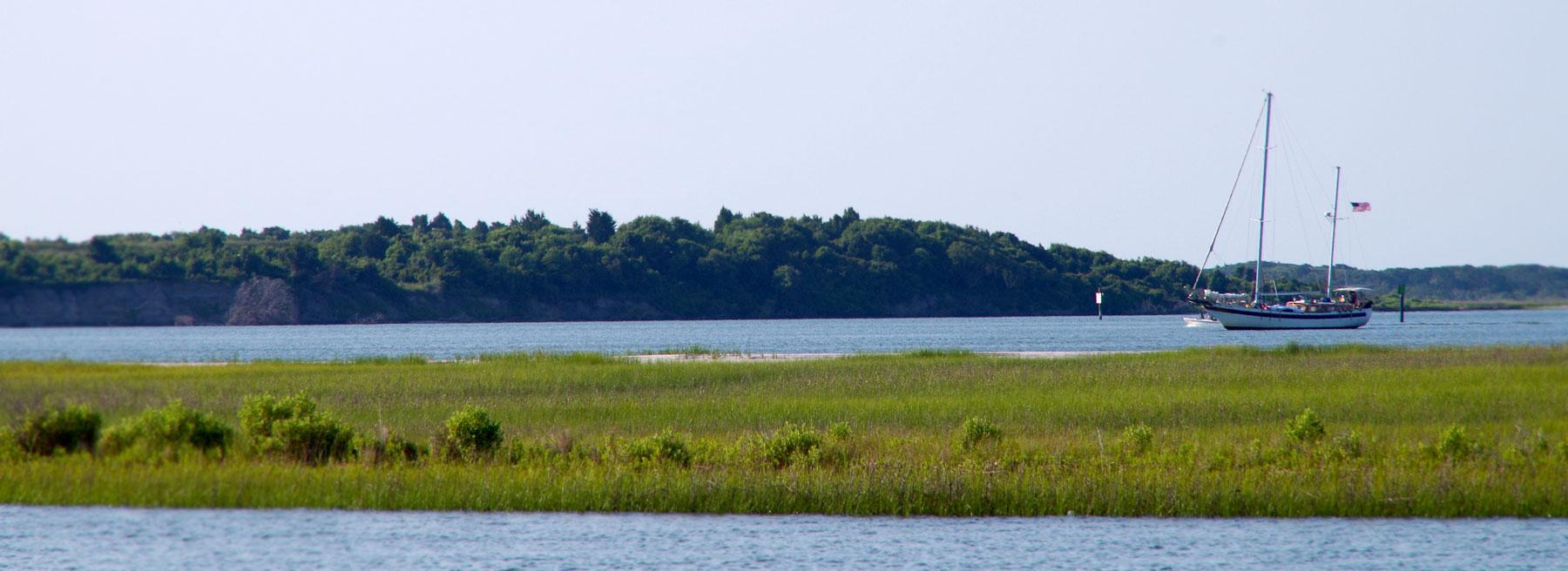 Sailboat in Morehead City North Carolina, Gull Isle Real Estate